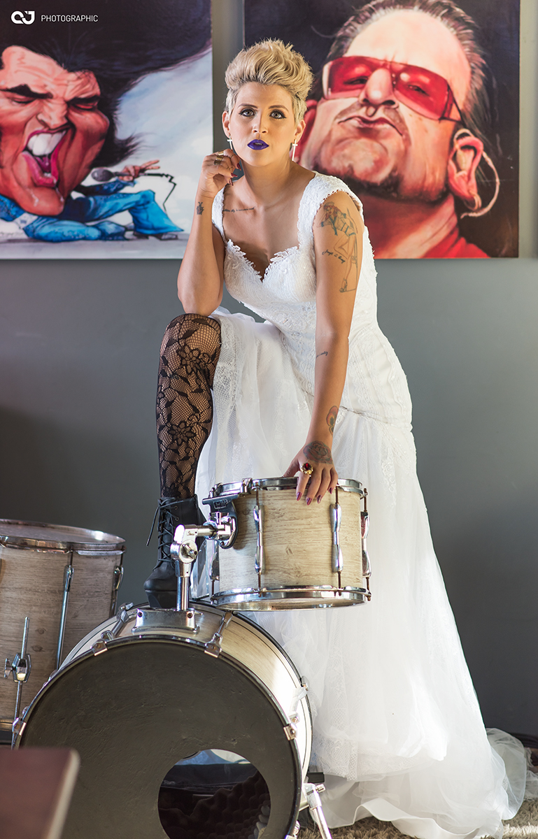 WeddingClub-Editorial-Vert-Rouge-Sophistique-Noiva-Rock-Roll-10